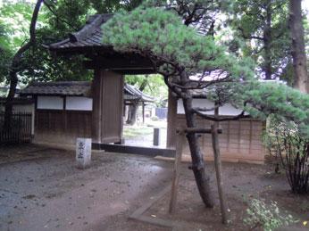 4.蓮昌寺山門