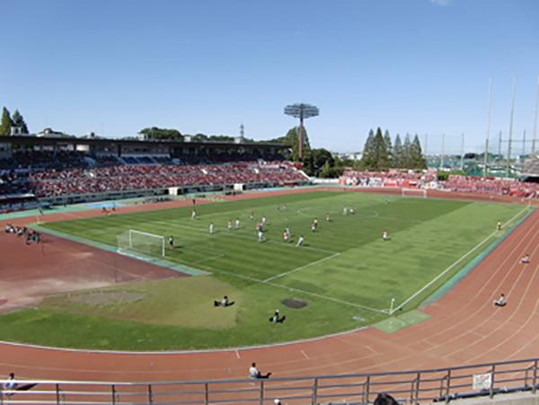 浦和駒場スタジアム(レッズのトップチームのJリーグの試合中と思われます。)