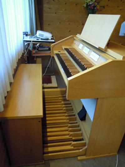 教会内のオルガン